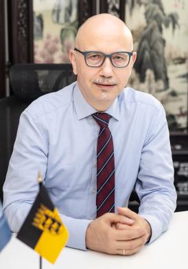 Bernhard Weber Vorstand Klein2